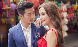 Kelly - Nam Hee hóa tình nhân dạo phố Trung thu