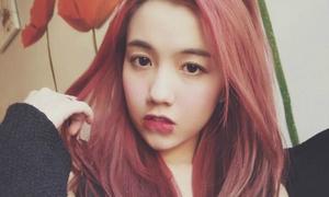 Trình nói tiếng Anh của 4 hot girl Việt