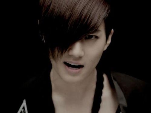 doan-mv-kpop-qua-mai-toc-idol-nam-12