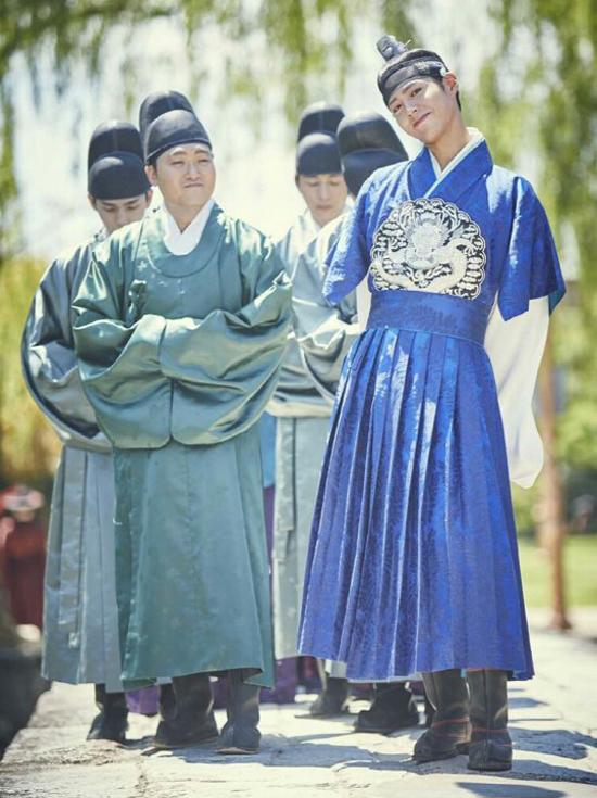 the-tu-park-bo-gum-dep-hoan-hao-voi-hanbok-8