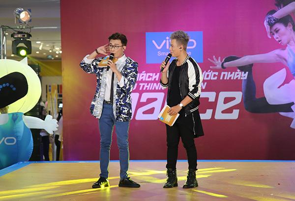 Với sự dẫn dắt của ca sĩ, diễn viên Chí Thiện và vũ công Trần Anh Huy, sự kiện được đánh giá cực kỳ vui nhộn và bùng nổ.