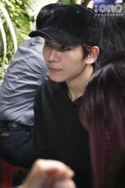 Kelvin Khánh.