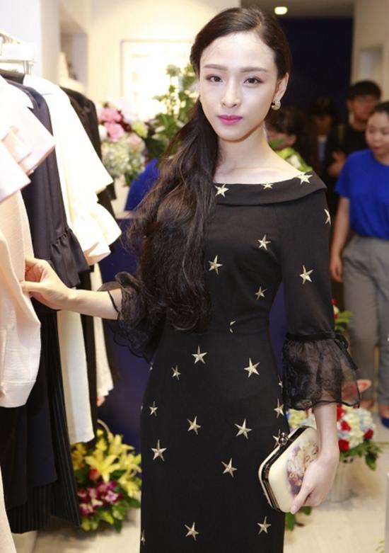 style-kieu-sa-mong-manh-dac-trung-cua-hh-phuong-nga-4