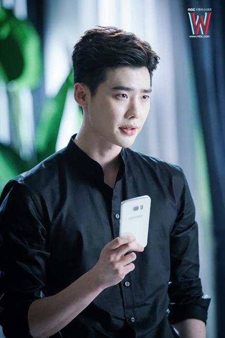 stylist-cua-lee-jong-suk-bi-quyet-trang-diem-la-khong-can-gi-ca-4