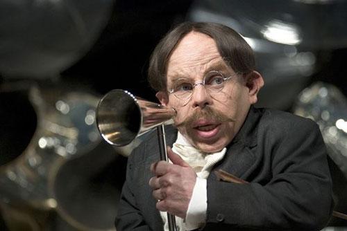 ban-co-nho-ten-giao-su-truong-hogwarts-trong-harry-potter-4