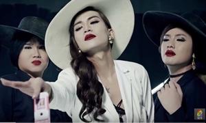 BB Trần kéo người yêu cùng giả gái trong MV nhái Hồ Ngọc Hà