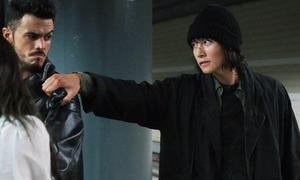Những phân đoạn hành động 'thần thánh' của Ji Chang Wook trong 'The K2'