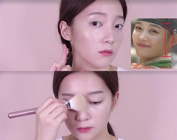 7-buoc-trang-diem-giong-kim-yoo-jung-trong-may-hoa-anh-trang-4