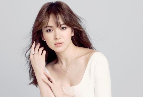 song-hye-kyo-dung-dau-top-10-nu-than-chau-a-2016-1