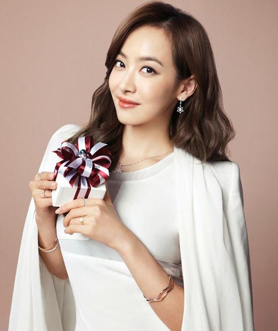 song-hye-kyo-dung-dau-top-10-nu-than-chau-a-2016-9