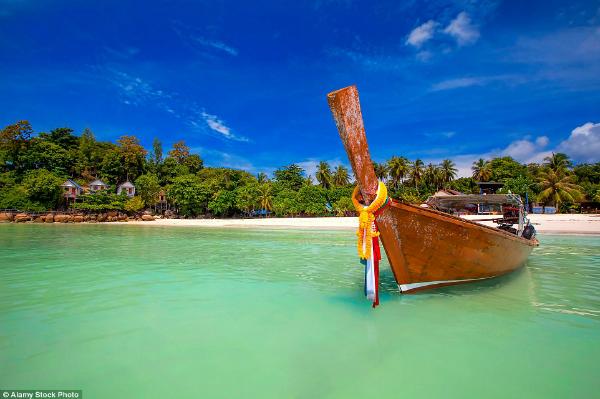 dao-maldives-cua-thai-lan-ngap-rac-khac-han-anh-quang-cao