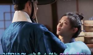 Bo Gum bóp vai cho Yoo Jung, tình cảm với bạn diễn nam