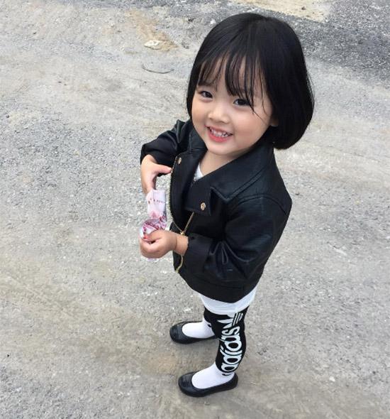 nhung-hot-girl-nhi-xu-han-sanh-dieu-ngang-nguoi-lon