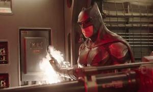 Hậu trường hài hước của bom tấn tụ hội nhiều siêu anh hùng nhất DC