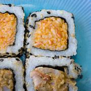 doan-tuoi-tam-hon-ban-qua-mon-sushi-ua-thich-9