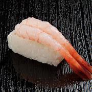 doan-tuoi-tam-hon-ban-qua-mon-sushi-ua-thich-11