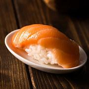 doan-tuoi-tam-hon-ban-qua-mon-sushi-ua-thich-6