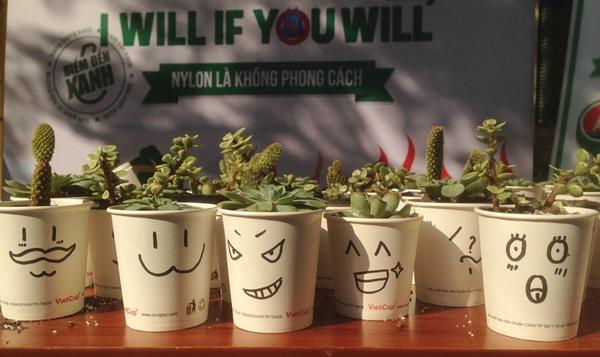 Những chậu cây xinh xắn teen Việt Đức thực hiện từ vật dụng tái chế.