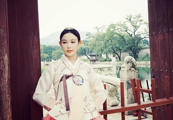 5-hot-girl-viet-dien-hanbok-xinh-khong-kem-thieu-nu-han-11