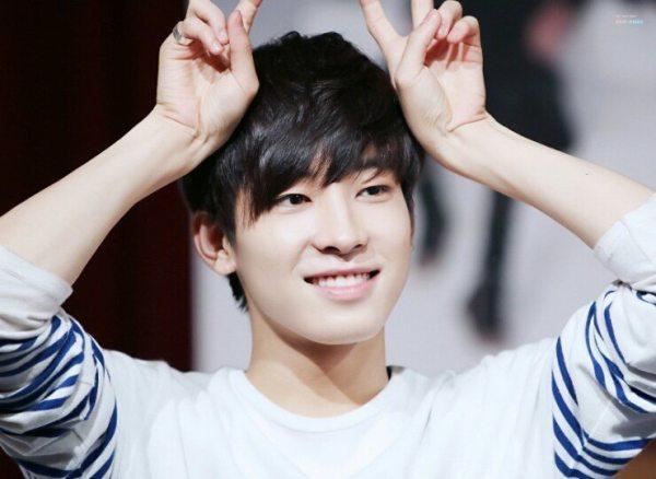 idol-kpop-dinh-chan-thuong-do-benh-hang-loat-8