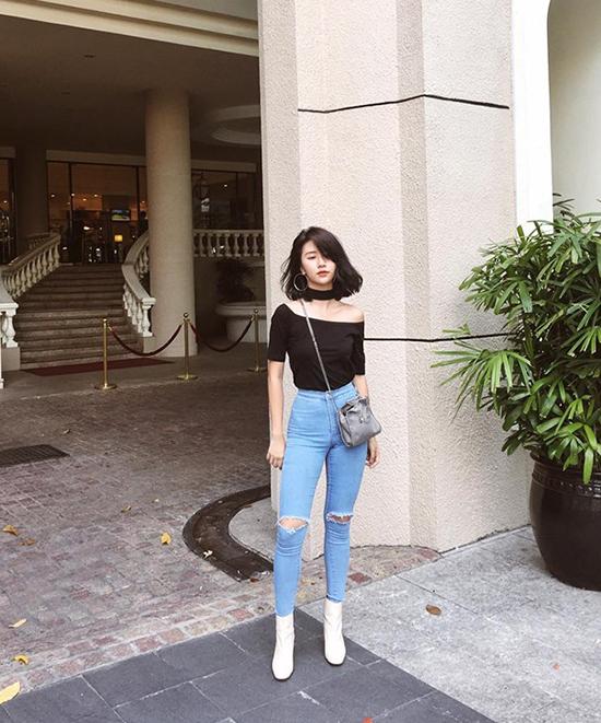 chiec-ao-hot-nhat-thu-2016-duoc-hang-loat-hot-girl-cung-lang-xe-1