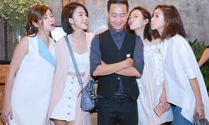 Bộ tứ hot girl Hà thành cùng 'giành giật' Justatee