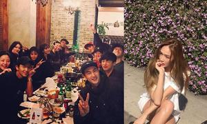 Sao Hàn 13/10: Jessica ngồi tạo dáng giữa nắng, dàn sao 'Moon Lovers' tụ họp