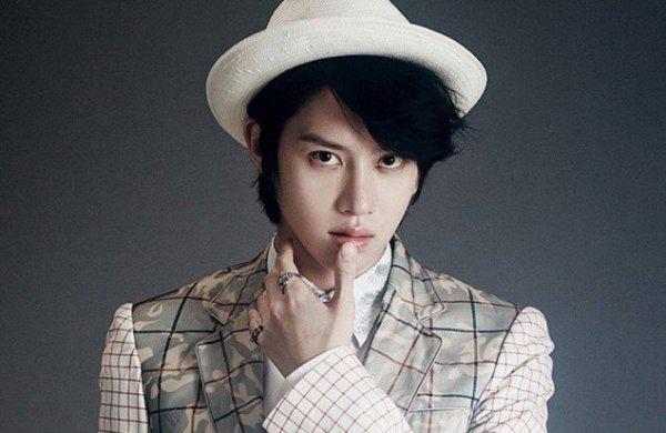 12-idol-kpop-cong-khai-ung-ho-cong-dong-lgbt