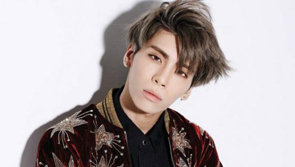 12-idol-kpop-cong-khai-ung-ho-cong-dong-lgbt-4