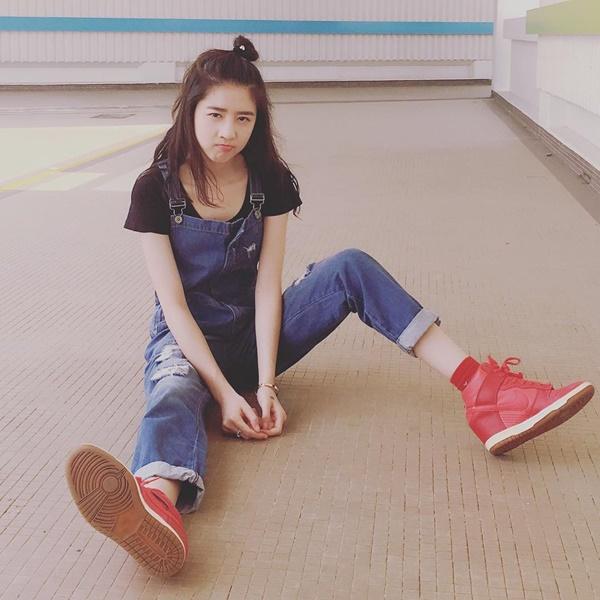hot-girl-singapore-sinh-nam-1999-co-ve-dep-tu-nhien-nhu-nu-than-11