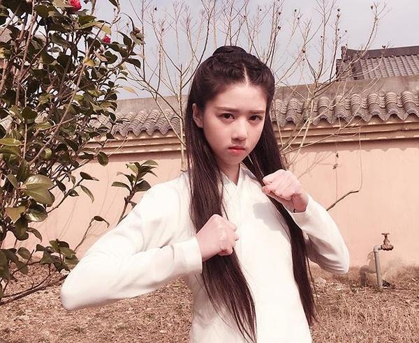 hot-girl-singapore-sinh-nam-1999-co-ve-dep-tu-nhien-nhu-nu-than-7