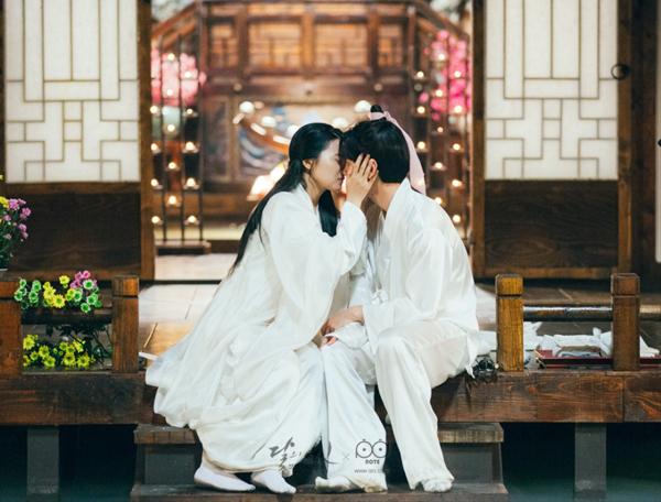 nhung-cap-doi-phu-hut-fan-ran-ran-cua-moon-lovers-2