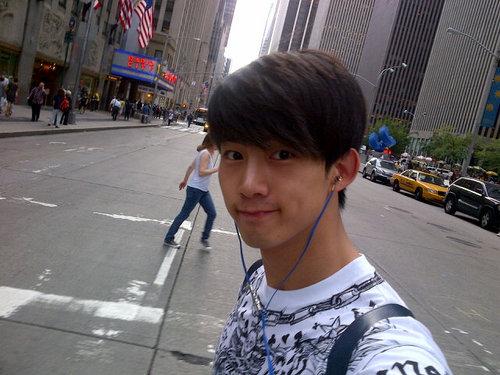 bat-bai-6-kieu-selfie-quen-thuoc-cua-my-nam-han