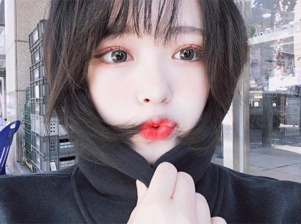 mot-to-son-khien-hot-girl-han-moi-nhu-bat-mau-4