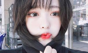 Mốt tô son khiến hot girl Hàn môi như 'bật máu'