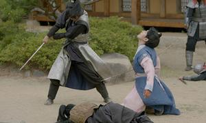 Moon Lovers: Vợ chồng Baek Hyun chết thảm, 'anh Tứ' từ bỏ Hae Soo