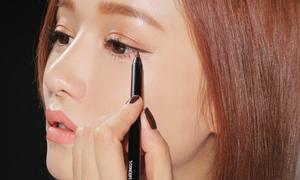 10 mẹo giúp các nàng kẻ eyeliner dễ 'như ăn kẹo'