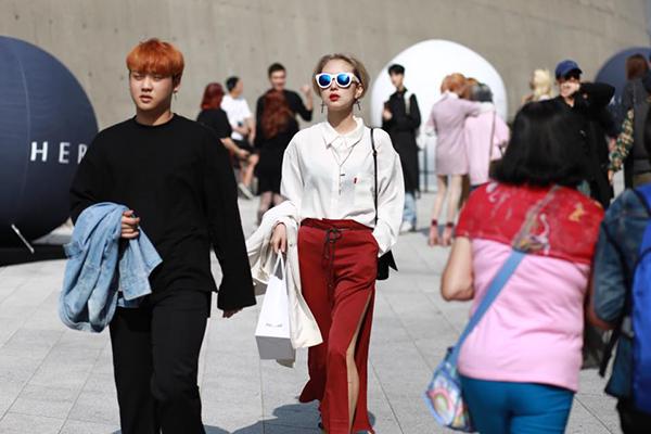 fashionista-viet-chat-khong-kem-sao-han-tu-hoi-o-seoul-9