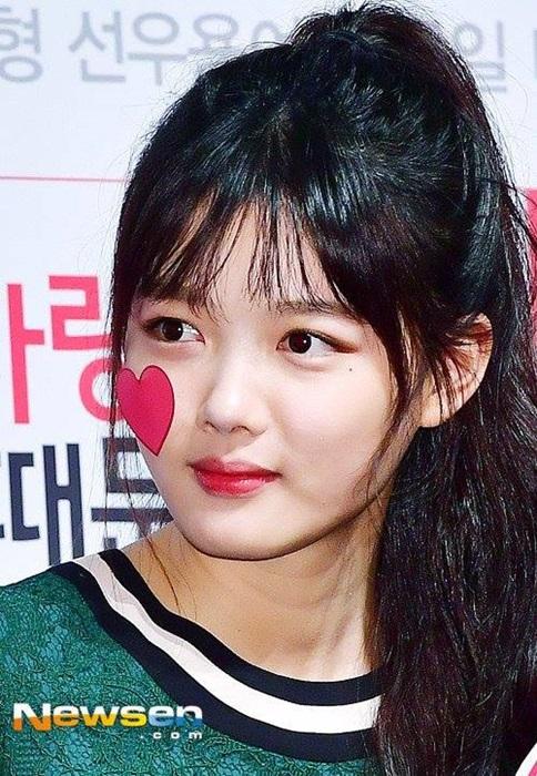 kim-yoo-jung-seol-hyun-khac-la-voi-toc-mai-thua-moi-8