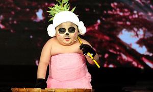 Tin Tin - sao nhí hot nhất làng giải trí với loạt clip triệu view