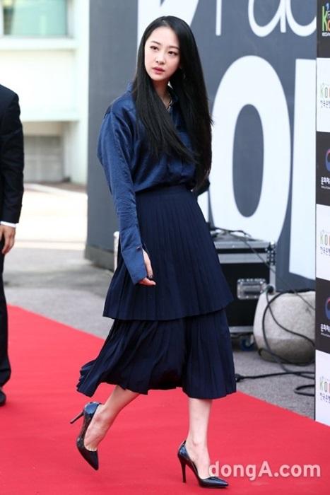 12-bo-canh-dep-nhat-cua-my-nhan-han-o-seoul-fashion-week-4