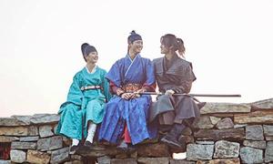 Không phải thế tử hay đại quan 'tay chơi', đây mới là 'soái ca' của Yoo Jung trong 'Mây họa ánh trăng'