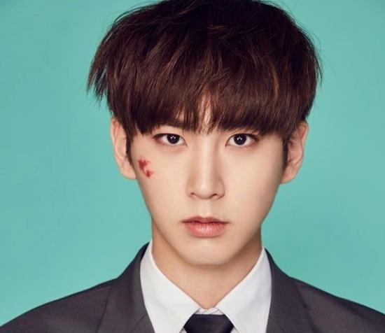 idol-nam-kpop-gay-sot-voi-bo-vai-thai-binh-duong-6