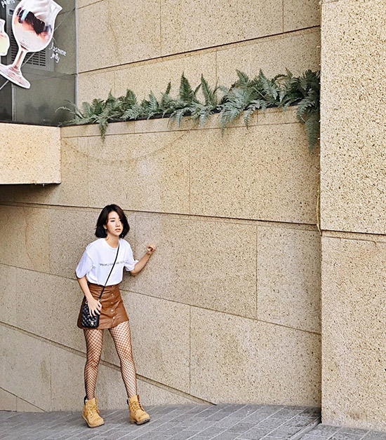 quynh-anh-shyn-bien-bo-tuong-cot-dien-thanh-anh-street-style-sieu-chat