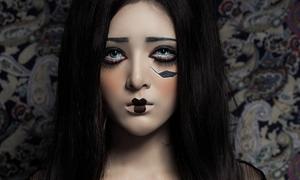 Lilly Luta hóa ác quỷ vẫn đẹp ngơ ngẩn