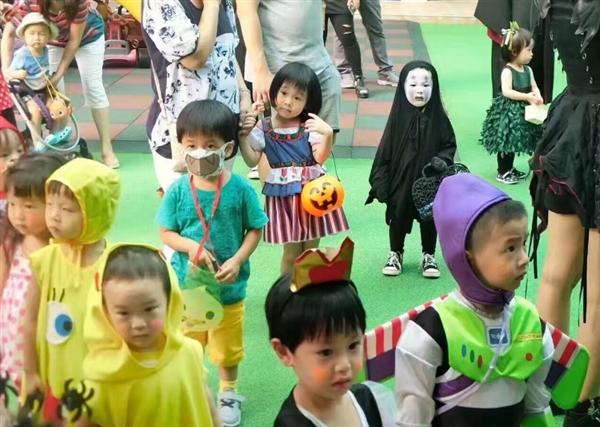 co-nhoc-xu-dai-hoa-trang-ma-vo-dien-hot-nhat-halloween-3