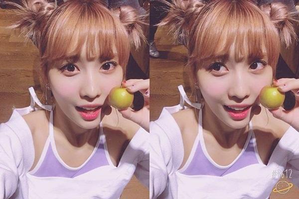sao-han-31-10-lee-jong-suk-rau-lom-chom-soo-young-xoe-vay-dong-gia-vit-5