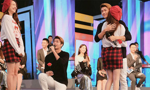 Kang Tae Oh quỳ gối 'cầu hôn' Nhã Phương