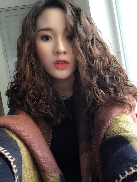 lam-toc-theo-hot-girl-mang-co-gai-di-halloween-khong-can-hoa-trang-1