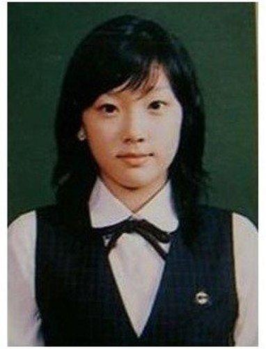 tae-yeon-thua-huong-net-dep-thanh-tu-cua-me-7